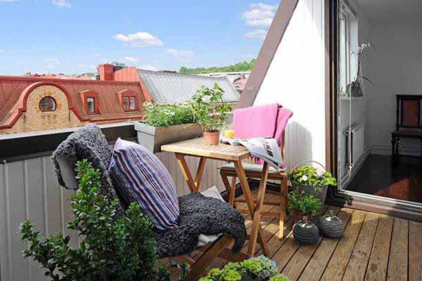 BALCONY FLOWERED? YES BUT IN SAFETY AND WITH STYLE!
